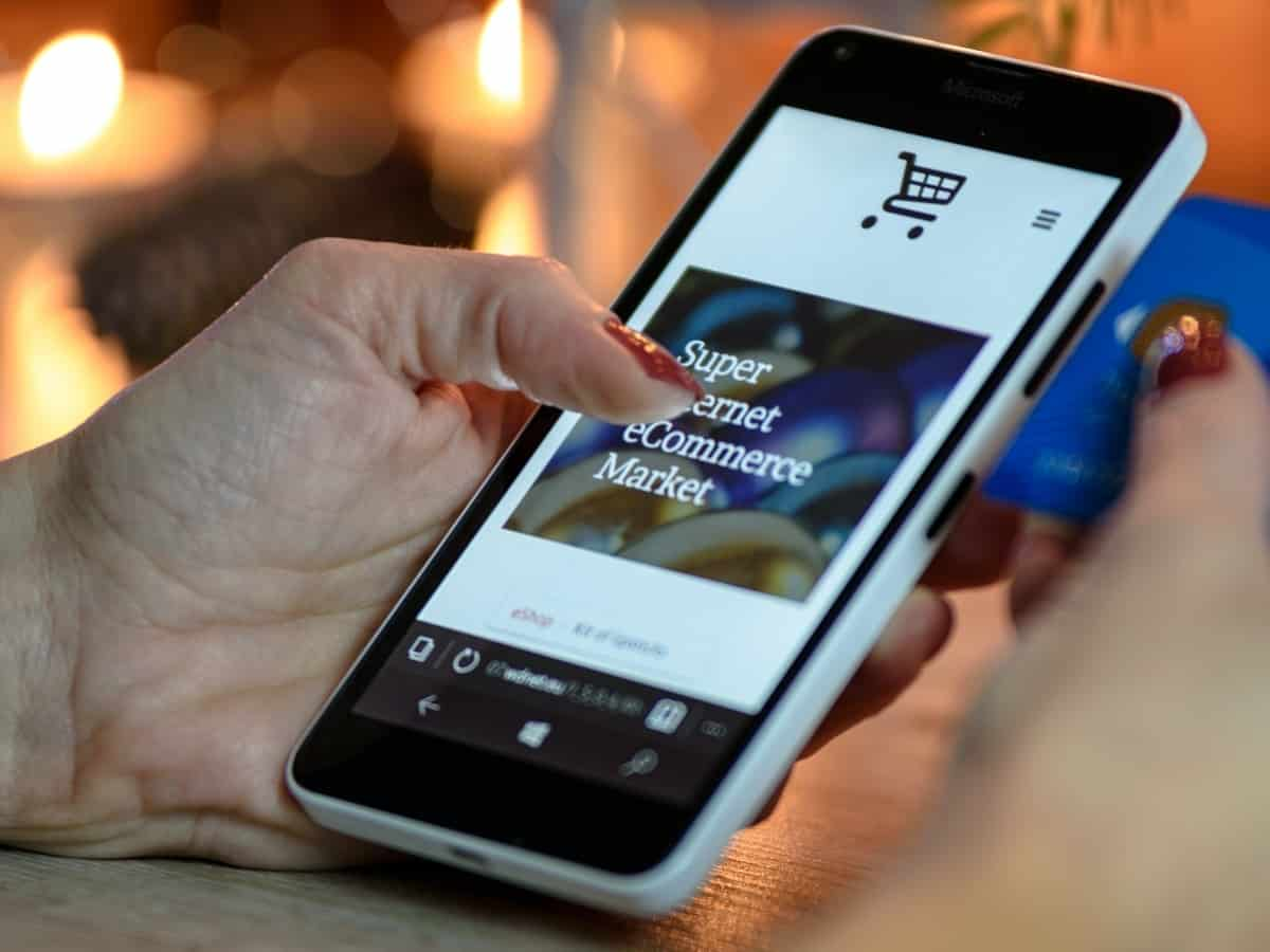 shopping on smart phone