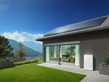 the tesla solar powerbank with solar panels on the roof