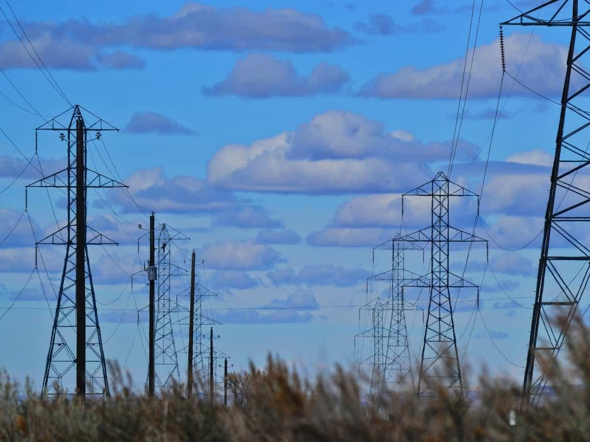 electric grid and lines that can cause rolling blackouts or power outages